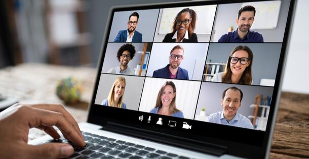 Comunicazione unificata aziendale più efficiente con ComApp